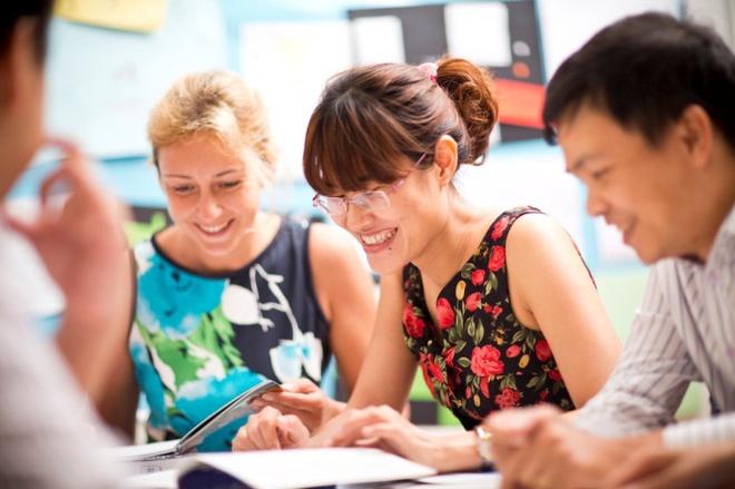 Mở lớp đào tạo ngoại ngữ cho mọi nhân viên là cần thiết