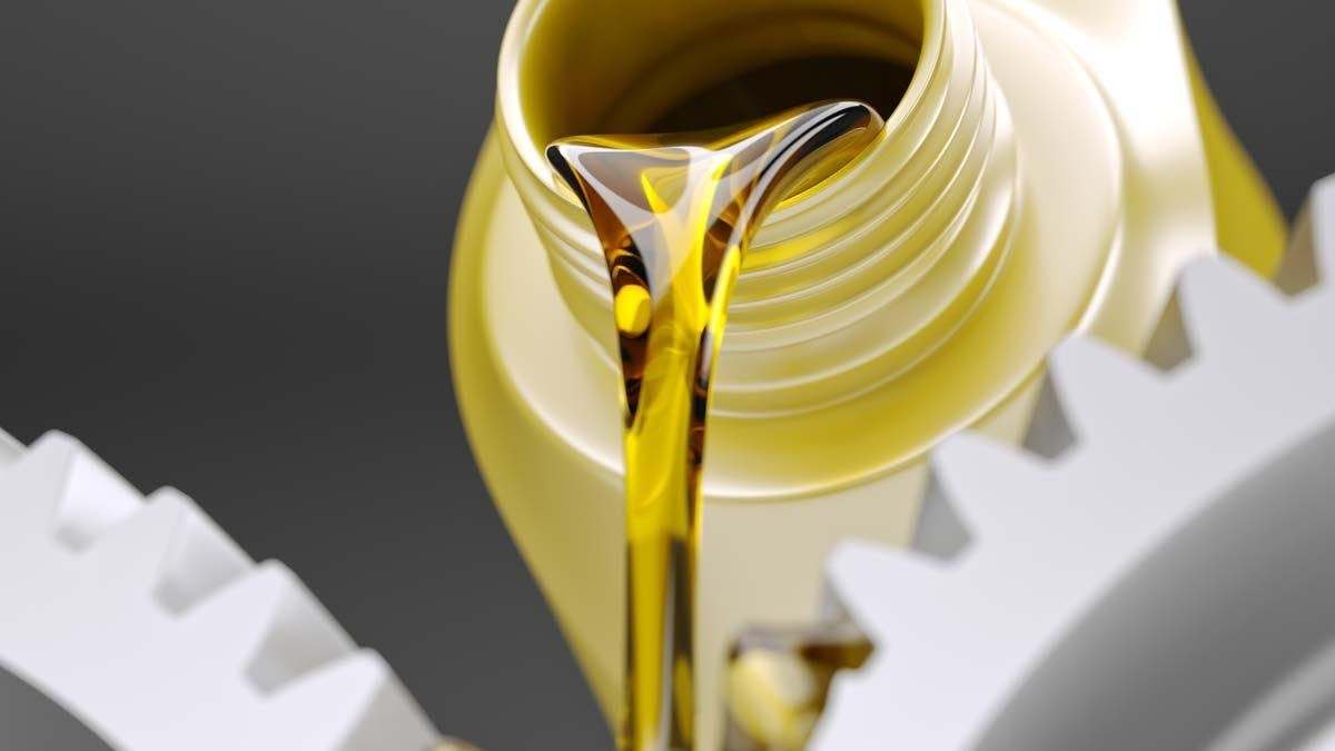 Lub oil = lubricating oil: dầu bôi trơn