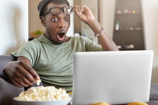 """Cảm giác """"thật tuyệt"""" khi xem phim mà không cần đọc phụ đề"""