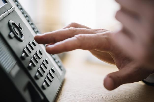 Khi để lại lời nhắn, hãy nói thật chậm và rõ ràng