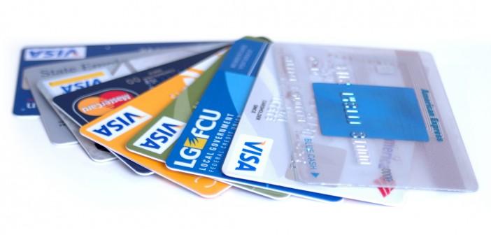 Các loại thẻ phổ biến trong ngân hàng bằng tiếng Anh