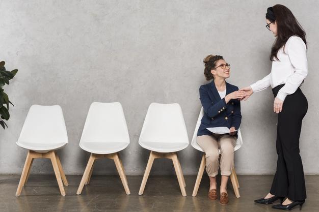 Bạn nên chuẩn bị tốt về thông tin công ty trước khi đi phỏng vấn