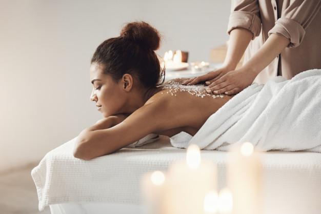 Một số mẫu câu giao tiếp tiếng Anh chuyên ngành massage