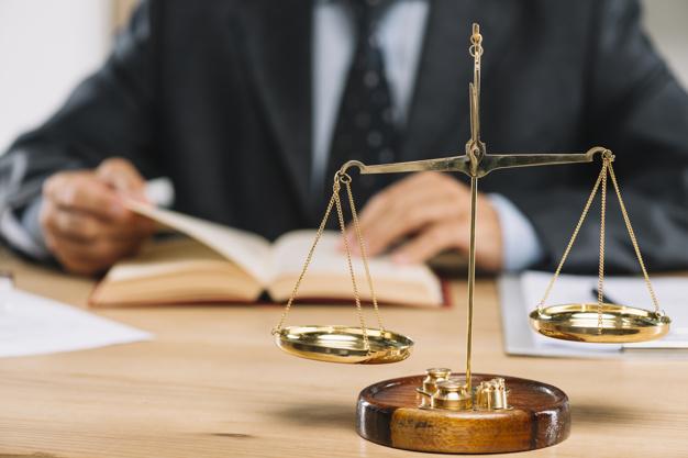 Tìm hiểu Luật doanh nghiệp tiếng Anh là gì?