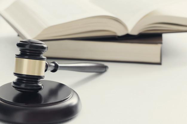 Luật doanh nghiệp tiếng Anh là gì?