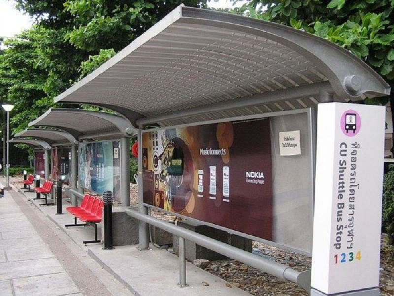 Bus stop: Điểm dừng xe bus
