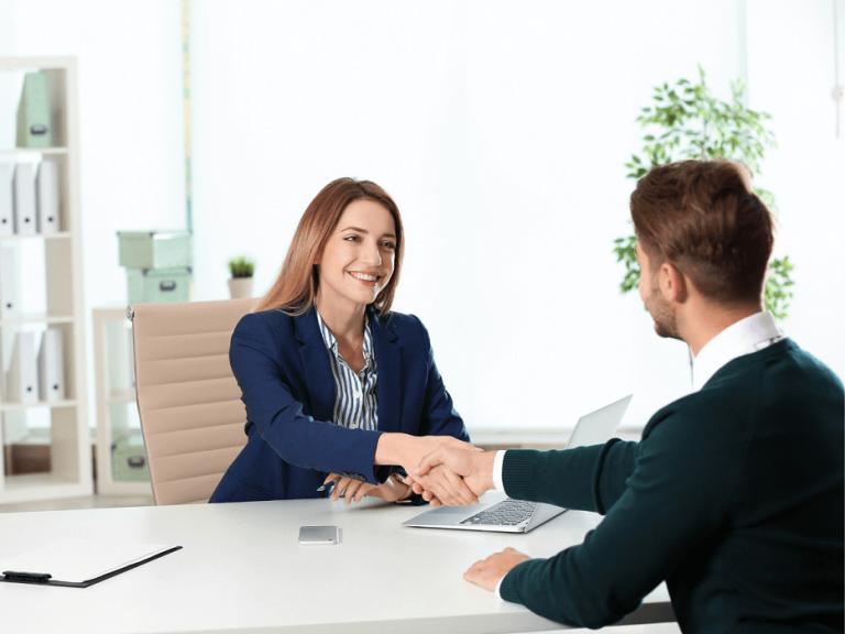 Đoạn hội thoại phỏng vấn nhân viên kinh doanh