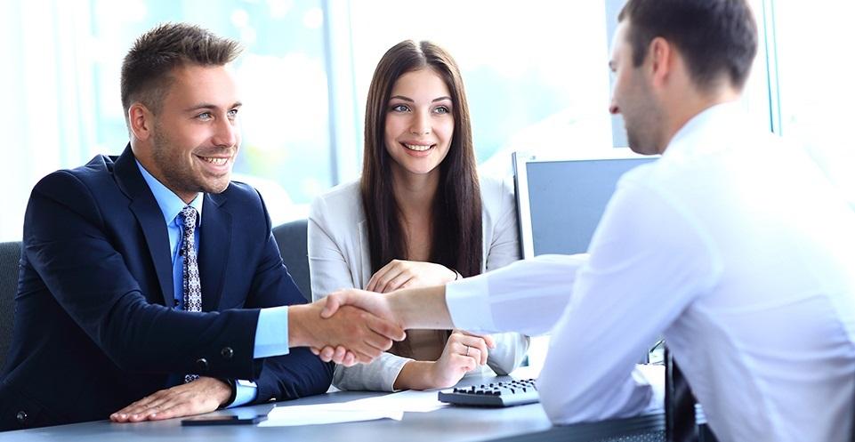 Mẫu câu tiếng Anh giao tiếp công sở với đối tác kinh doanh