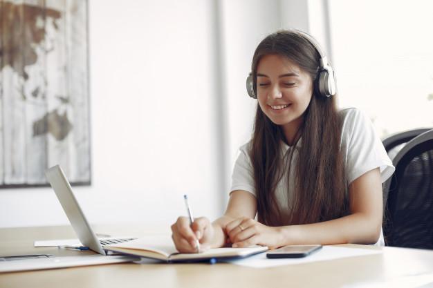 Cách học 50 từ vựng tiếng Anh mỗi ngày