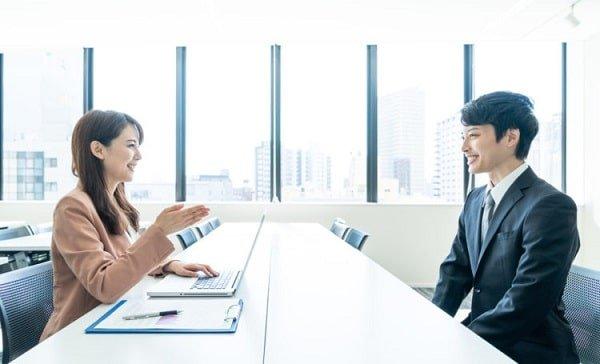 Bí kíp giới thiệu bản thân khi phỏng vấn ấn tượng